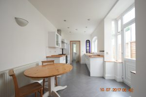 Stunning 3 double bedroom house with two bathrooms available in conservation area of Selly Park