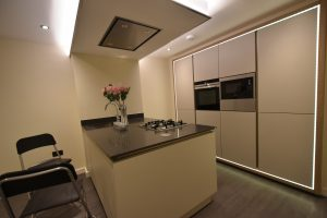 Beautifully Appointed 2 Double Bedroom Apartment in Luxury Gated Development in Shirley