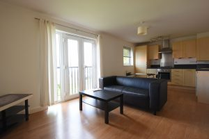 Spacious 2 Bedroom Apartment in a small gated community in Edgbaston