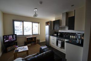 Lovely 2 Bedroom Apartment, Bristol Road South, Birmingham