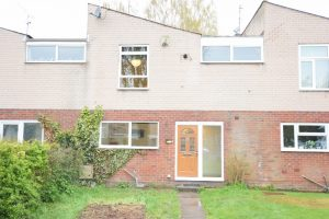 3 Bedroom Family House In Doweries, Rednal B45 9RY