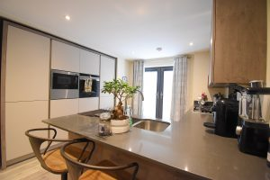 Beautifully Appointed Double Bedroom Apartment in Luxury Gated Development in Shirley