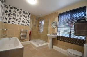 Stunning 4 Double Bedroom, 2 Toilets Student House in Pershore Avenue, Selly Oak, 2021-2022