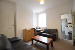 Well-proportioned 4 double bedroom student property in Selly Oak 2021-2022