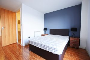 Spacious 2 Double Bedroom with 2 Bathrooms in Latitude Apartments, City Centre